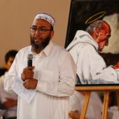 French Muslims invited to church to mourn priest