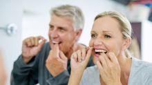 ¿El hilo dental podría enfermarnos?