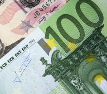 EUR/USD Daily Forecast – Euro Tries To Move Higher Against U.S. Dollar Ahead Of The Weekend
