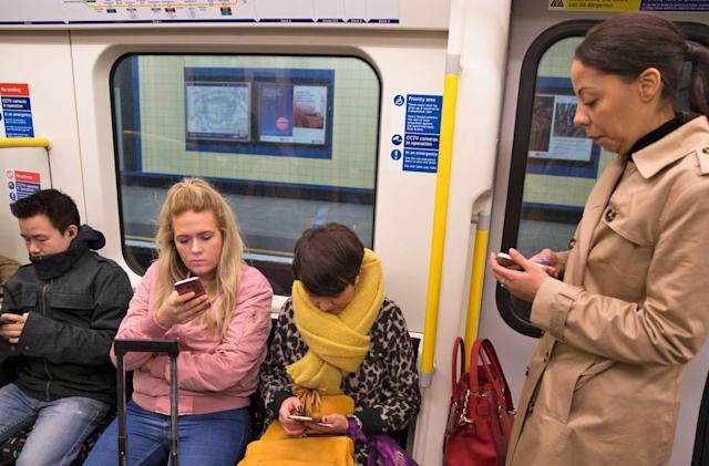 London Underground will track everyone's Tube trip via WiFi