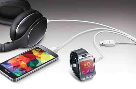 Samsung USB cable lets you charge three mobile devices at once