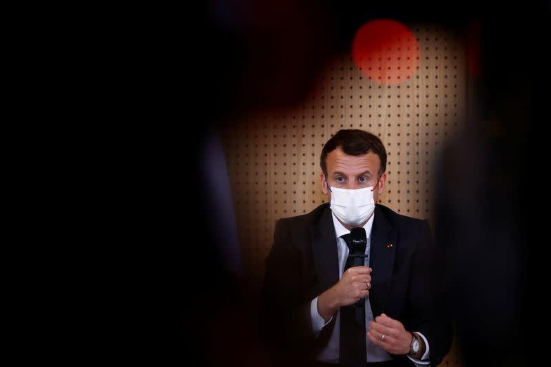 Macron veut un débat national sur la consommation de drogue