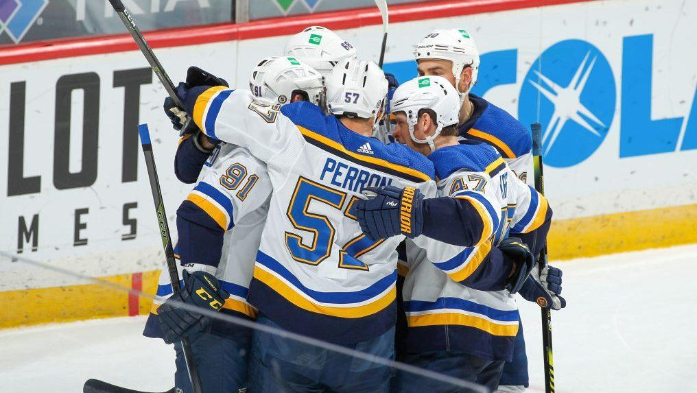 Blues bolster playoff hopes after stunning Wild with late rally