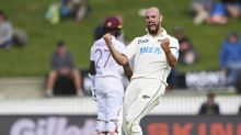 Mitchell, Phillips offered NZ contracts