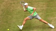 Federer too good for Millman in Halle