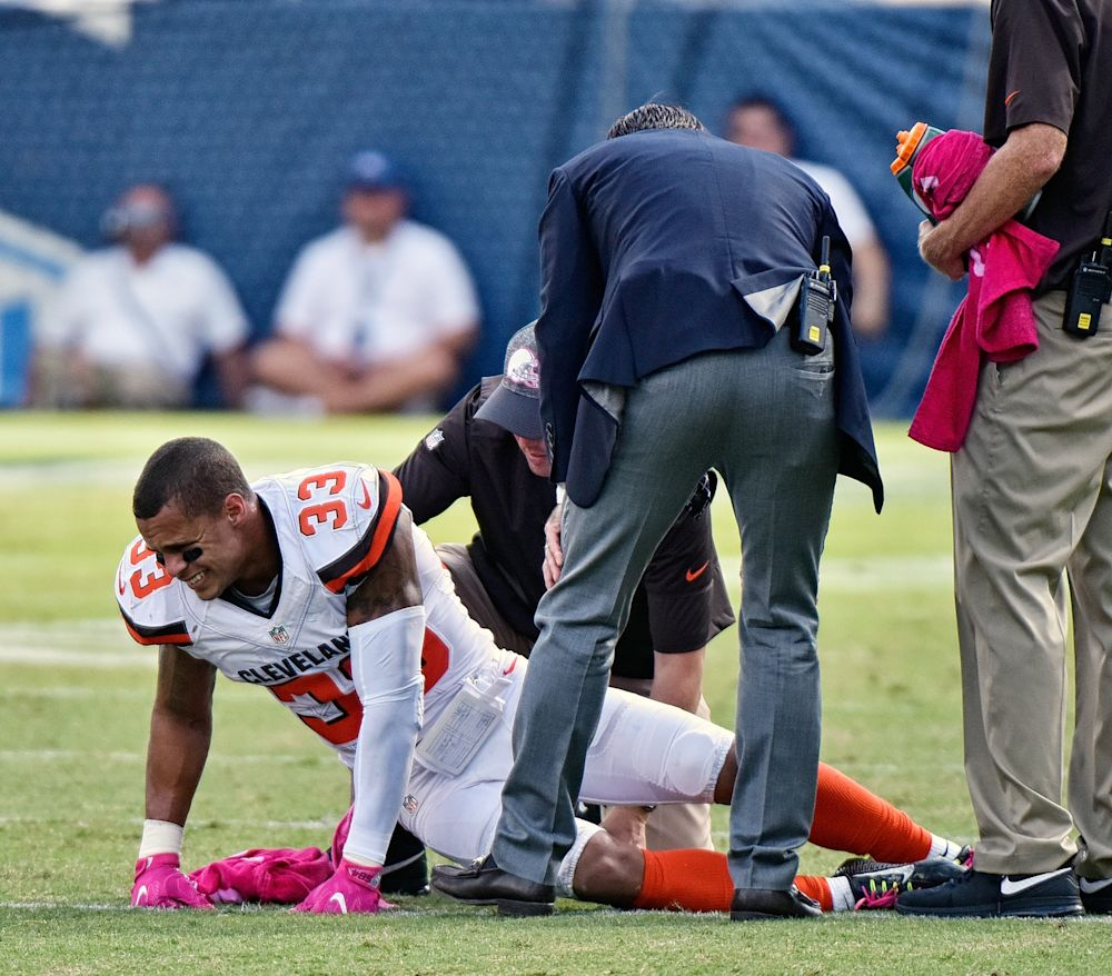 Amfoot - Browns' Poyer hospitalized with lacerated kidney