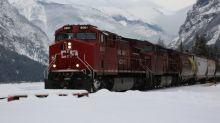 Canadian Pacific grain car rolls out of control, derails near Field, B.C.