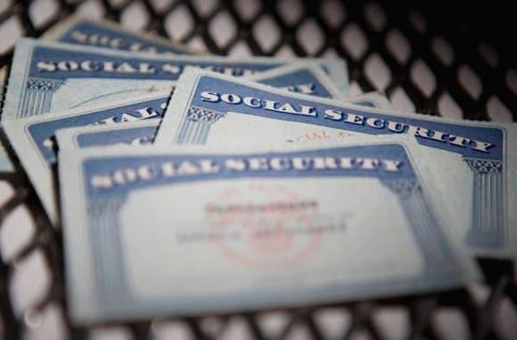 Hackers stole all federal employees' SSN and private info, union says