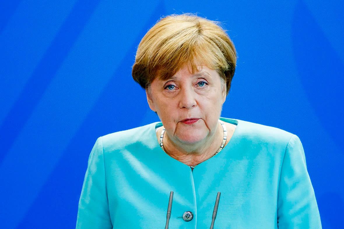 Меркель картинки приколы, вставит текст открытку