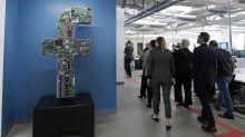 AP Explica: La nueva visión de mensajes privados de Facebook