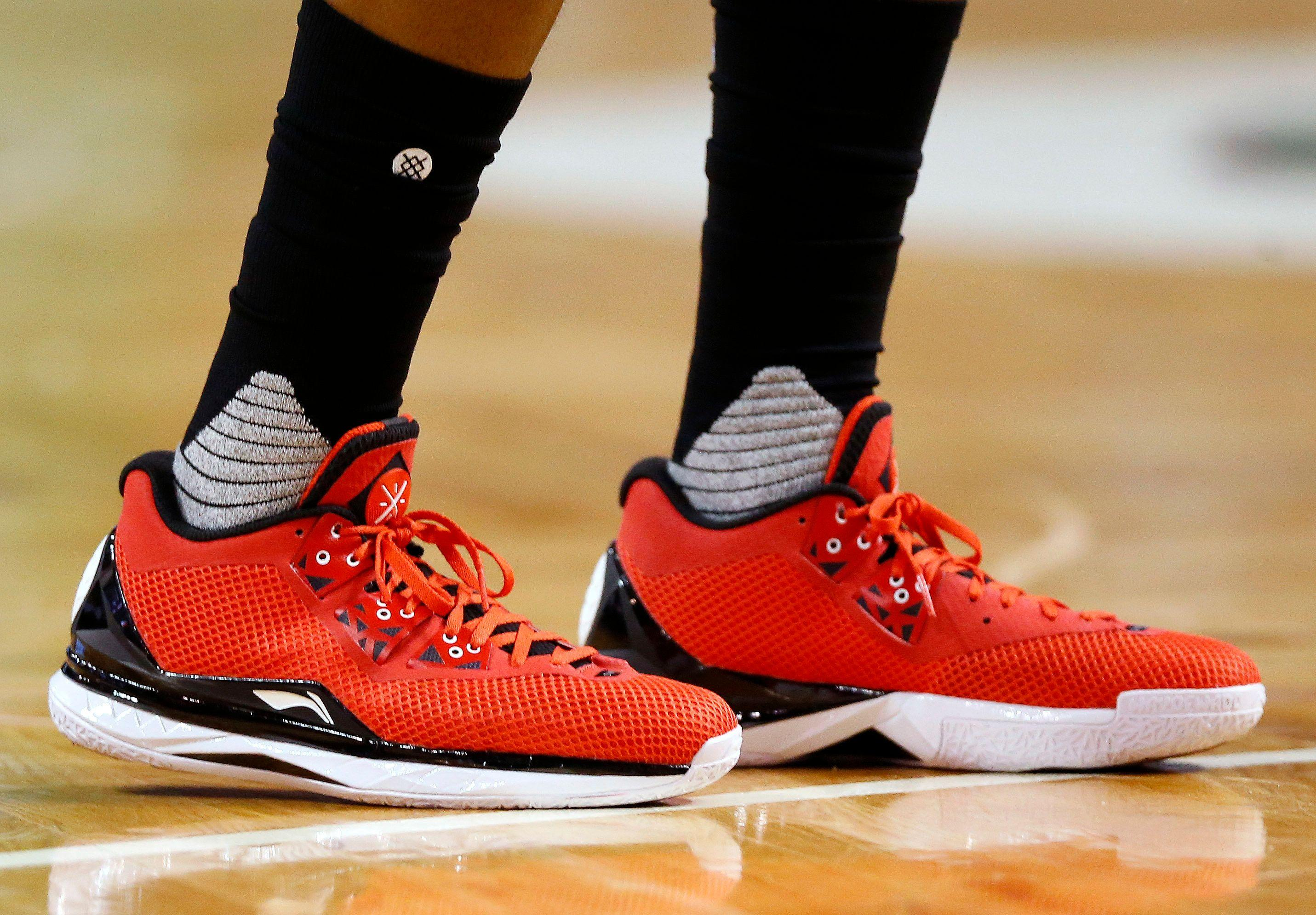 14946e1b3954 How Nike took over the NBA sneaker game
