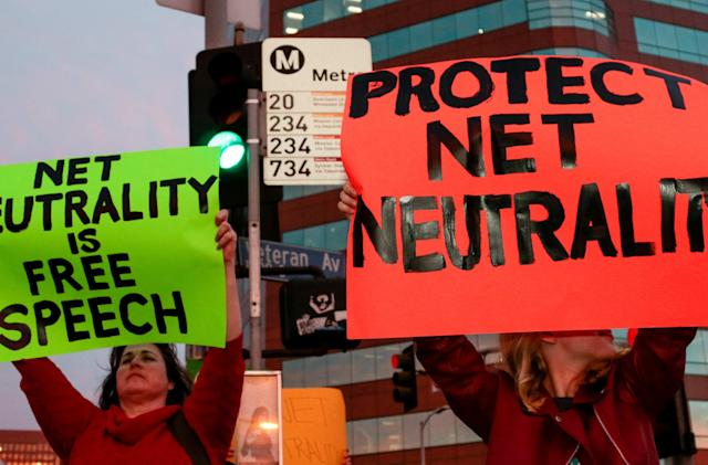 CA governor signs net neutrality bill into law, Justice Department sues