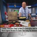 Olive Garden-parent Darden isn't screaming a recession is coming, Jim Cramer says