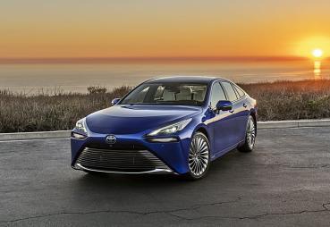 身懷絕技,TOYOTA全新2代Mirai氫燃料電池車成為品牌最新的旗艦
