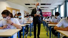 Primes pour les professeurs : ce que propose Blanquer, ce que répondent les syndicats