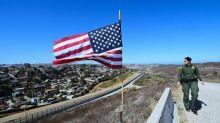 Usa, iniziati in Texas lavori per muro a confine con il Messico