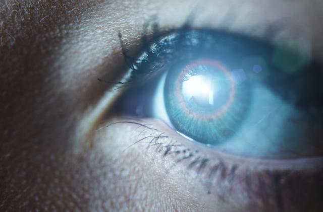 Scientists create a cyborg eye that mimics the real thing