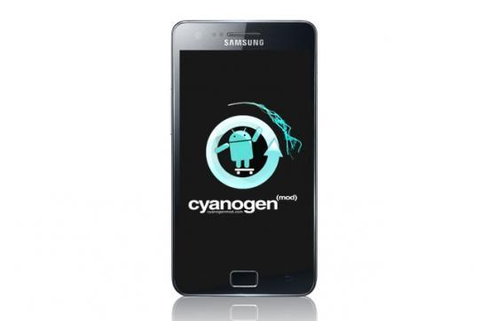 Samsung shows affection to CyanogenMod, gives its devs a free Galaxy S II (update)
