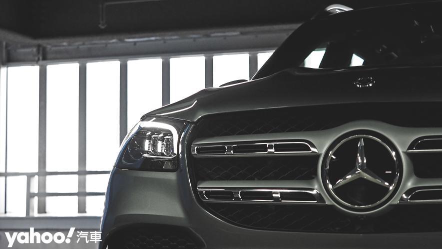 大而得當!2021 Mercedes-Benz GLS 450 4MATIC雨季試駕 - 3