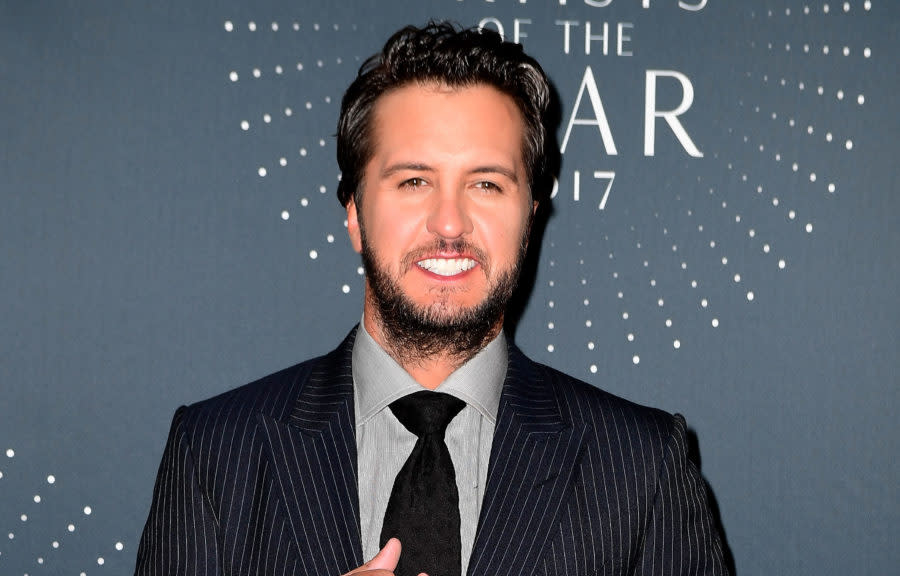 Luke bryan opened up about raising his nieces and nephew for How did luke bryan s sister and brother die