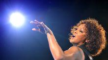 Whitney Houston era bisexual según su 'novia' Robyn Crawford