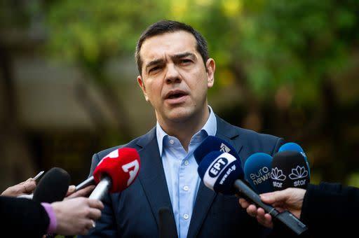 Macedonia tsipras chiede immediato voto di fiducia a for Quanti sono i deputati