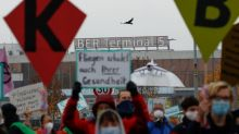 Climate activists disrupt opening of new Berlin airport