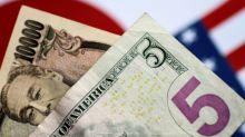 Forex, Dollaro sale su yen mentre Giappone si prepara a stato emergenza
