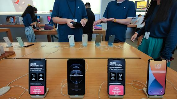 The iPhone 13 inflation indicator, and the issue we don't talk about
