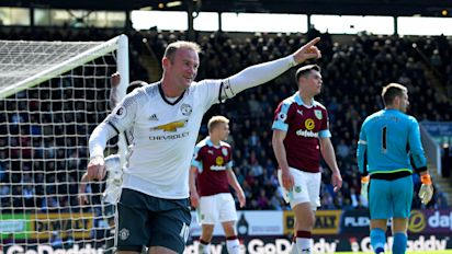 Rooney back on target as Man United beat Burnley