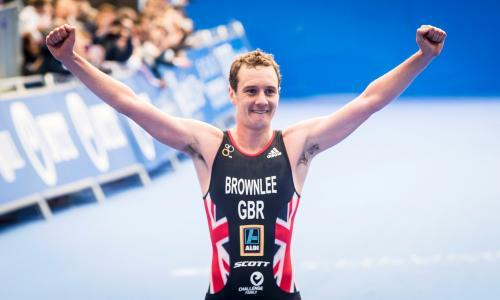 Alistair Brownlee left out of Olympic triathlon team but door remains open