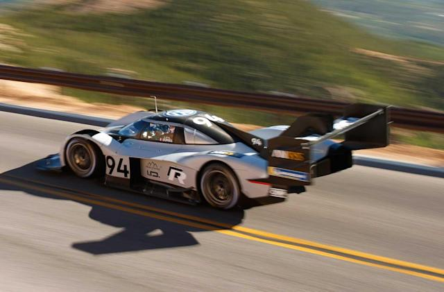 Watch VW's electric racer destroy the Pikes Peak record