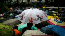 Violence poses conundrum to Hong Kong protest movement