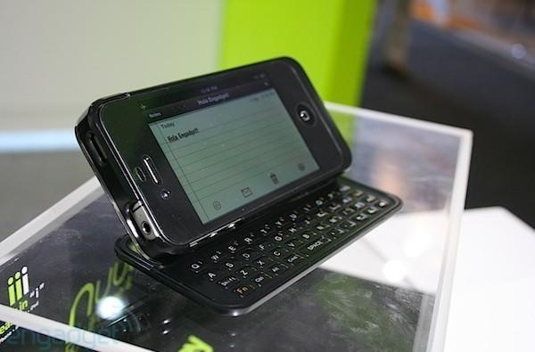 Nuu Mini Key adds a bulky physical keyboard to the iPhone 4