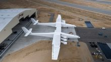 Stratolaunch's massive twin-fuselage aircraft fires all of its 6 engines