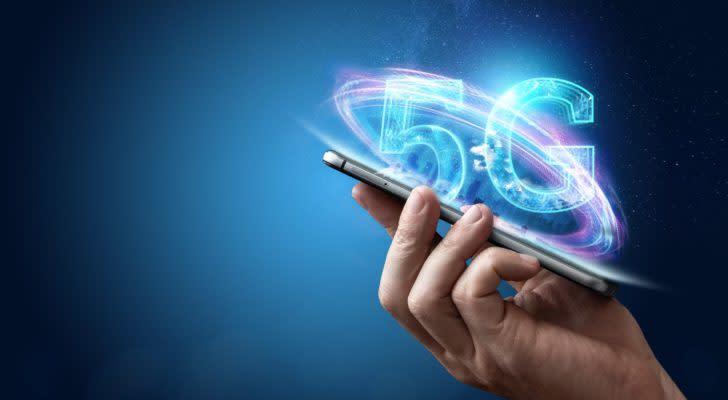 Trump Blocks Tech Merger to Stimulate 5G Leadership