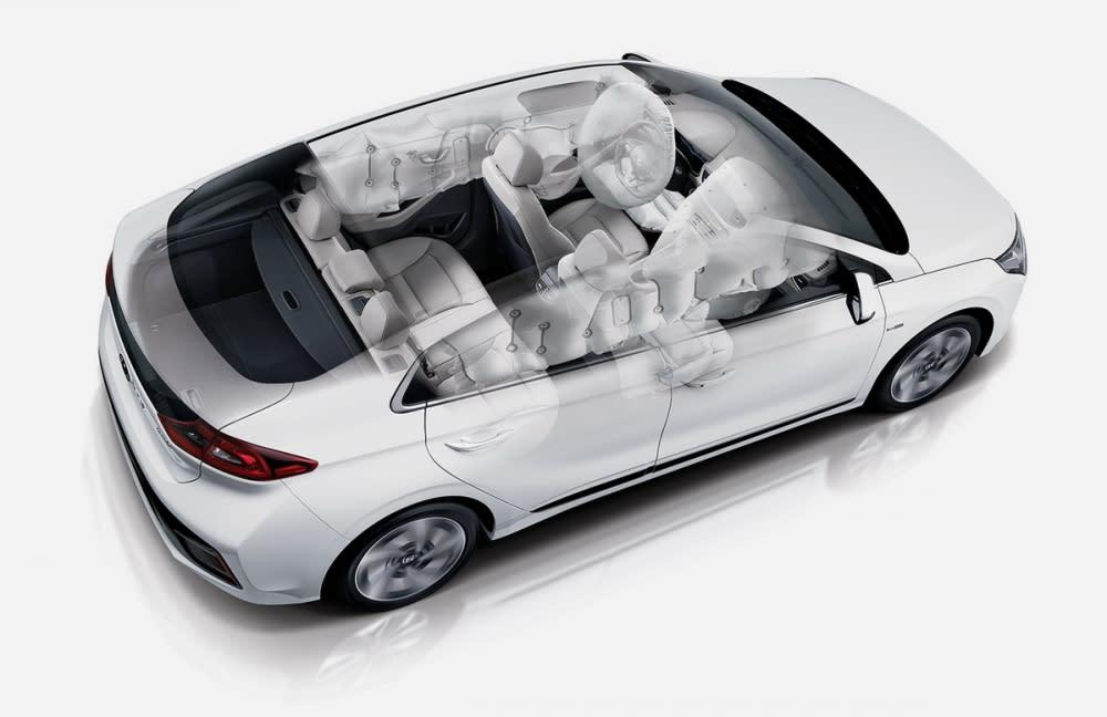 多樣主被動安全輔助之下,Ioniq是同樣價格帶中最為安全的車款