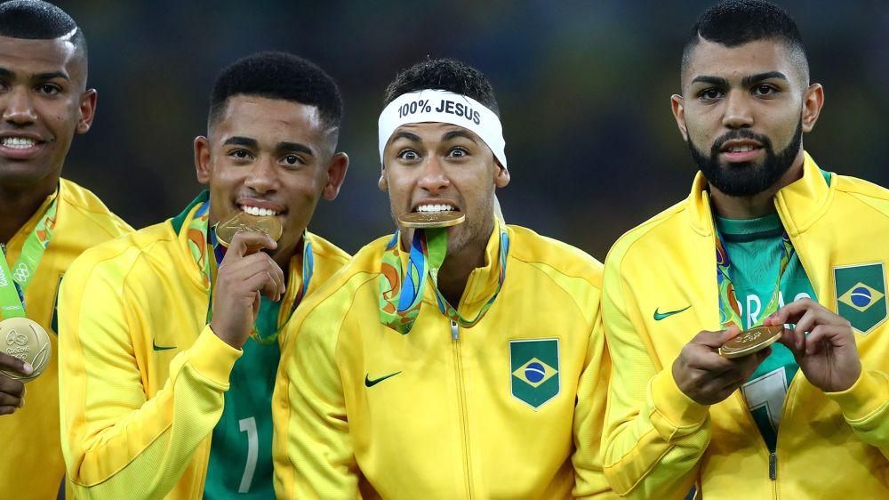 'Overposting', moral de Neymar, do Fenômeno... o aniversário de Gabriel Jesus bombou na rede!