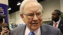 Warren Buffett Sheds More IBM Stock