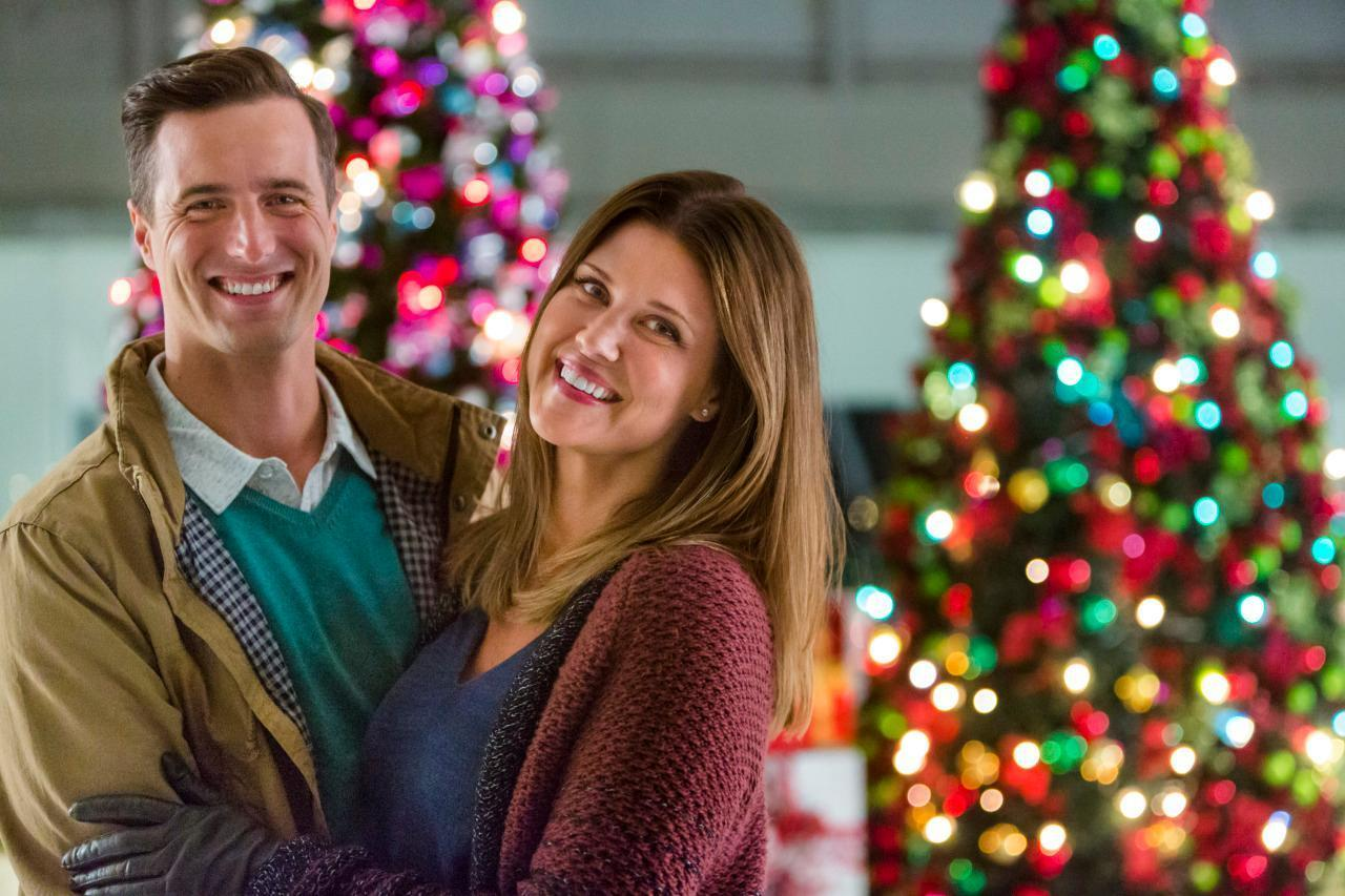 Hallmark Starts Its Countdown to Christmas This Weekend!