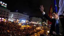 Miles de personas apoyan al líder opositor venezolano Guaidó en concentración en Madrid