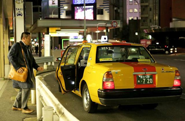 Uber will test a taxi-hailing service in Japan