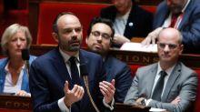 """Six Français sur dix sont """"mécontents"""" de l'action du gouvernement depuis un an, d'après un sondage"""