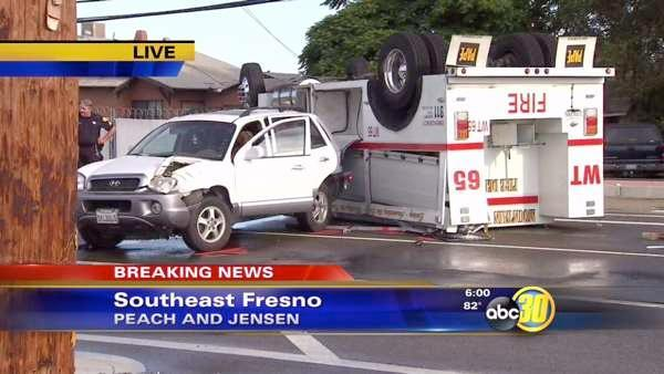 Fire truck overturns in multiple vehicle collision in SE Fresno