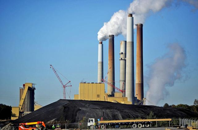 Coal company plans Kentucky's biggest solar farm for old mine site