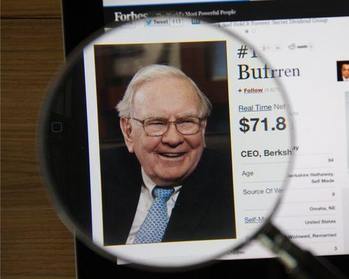4 Warren Buffett Stocks to Buy in Q2 Earnings