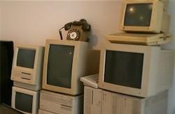 Visua Mobile's old Apples collection