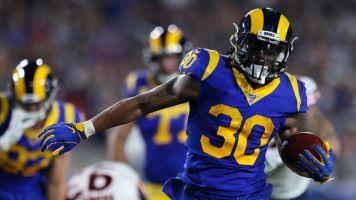Watch live: Gurley, Rams running over Bears