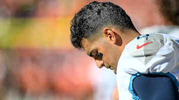 Mariota tackles benching: 'I'll be better from it'