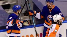 Isles beat Flyers 3-2, move within win of conference final